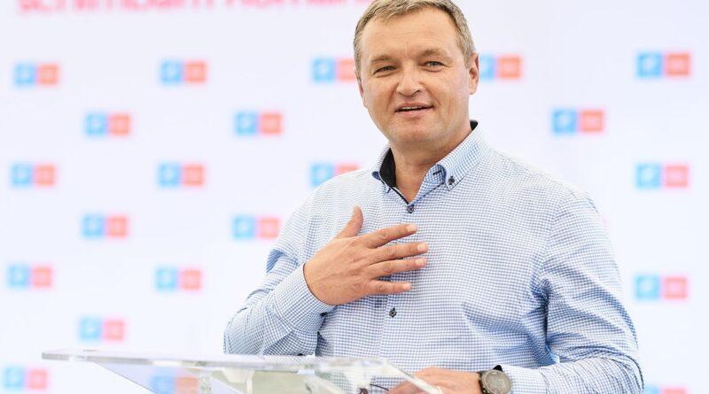 Ministrul Teleman (USRPLUS) îl menține la șefia Radiocom pe directorul numit în 2017 sub Dragnea/ Miza :compensatii in valoare de 80 de mii de euro