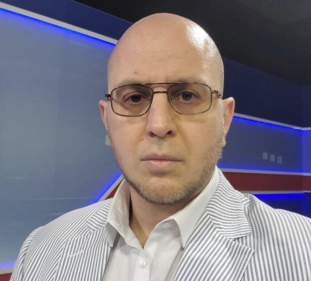 BOGDAN JELEA (analist politic): OBRĂZNICIA DISTRUGE ROMÂNIA (NORMALĂ?)