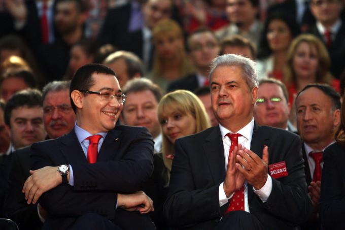 Scandalul documentului de la Guvern!Adrian Nastase si Victor Ponta susțin că premierul Florin Cîțu nu a reacționat deloc bine, chiar dacă gafele într-un aparat guveramental au loc frecvent.