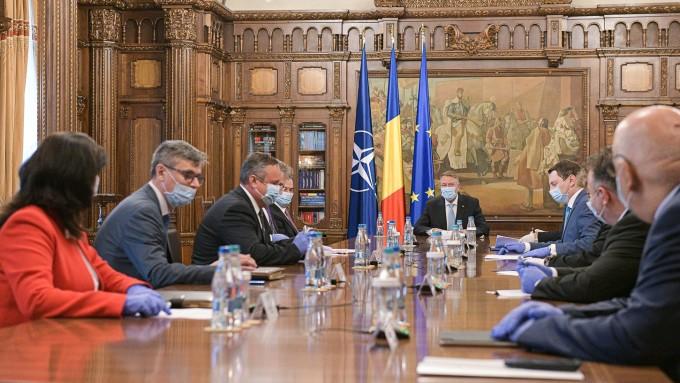 """Guvernul adoptă proiectul """"România Educată"""". Klaus Iohannis va conduce ședința de la Palatul Victoria"""